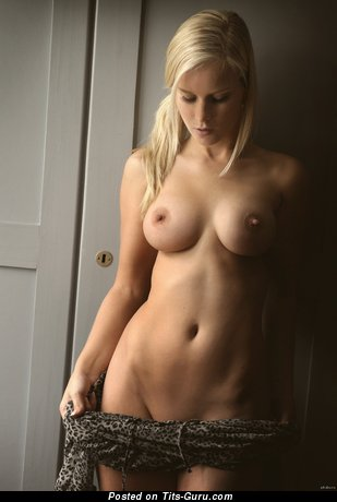 Image. Naked nice lady with medium natural tittes image
