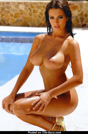 Graceful Babe with Graceful Open Med Titties (Sexual Photoshoot)