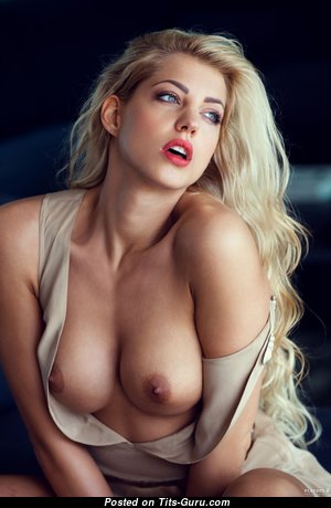 Good-Looking Nude Blonde with Enormous Nipples (Hd Porn Photo)