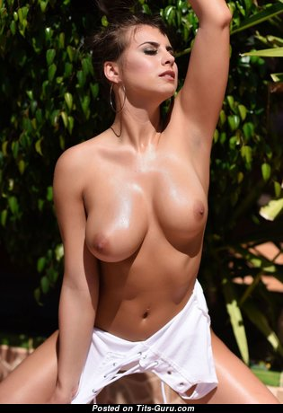 Alluring Unclothed Babe (Hd Porn Image)