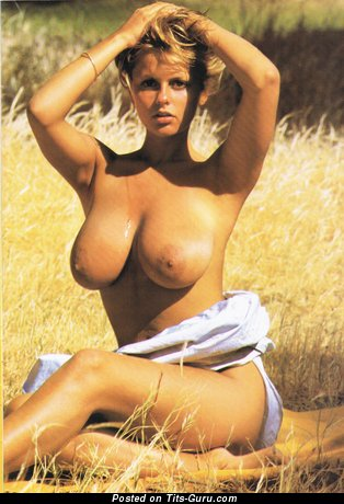 Image. Joanne Latham - nude beautiful girl picture
