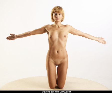 Viola Bailey - Alluring Latvian Blonde Pornstar with Alluring Bare Natural Pint-Sized Tits (Hd Xxx Foto)