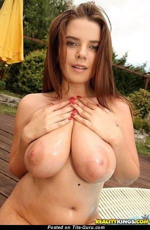 Marina Visconti - nude awesome lady with medium natural breast photo