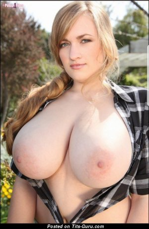 Marvelous Blonde Babe with Marvelous Bare Ddd Size Tittys (Hd Xxx Pic)