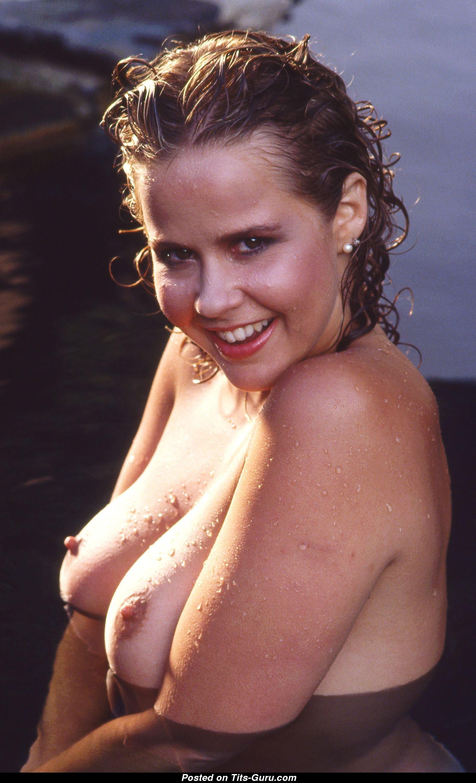 Linda Blair Nude 5 Pics Of Hot Naked Boobs