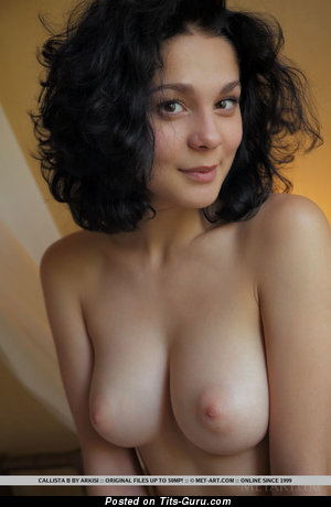 Callista - The Best Bimbo with The Best Nude Real Med Tittys (Porn Foto)