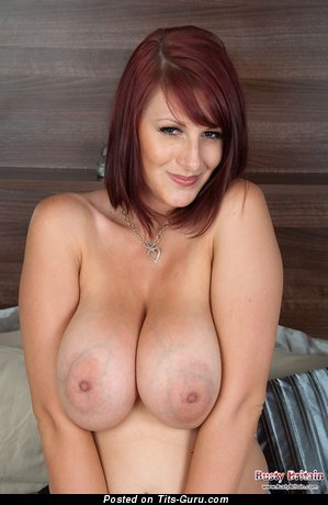 Demi Scott - naked brunette with big natural tittes and big nipples photo