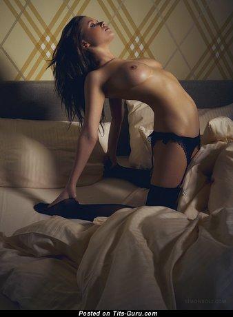 Image. Naked wonderful lady with medium boobs pic