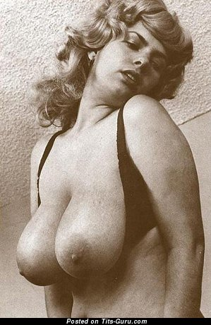 Image. Elaine - nude hot female with big tittes vintage