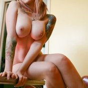 Hot female with big natural breast pic