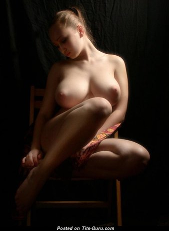 Naked awesome girl with natural boobs photo