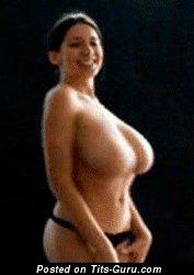 Изображение. Jana Defi Maria Swan - гиф невероятной голой брюнетки с гигантскими натуральными дойками