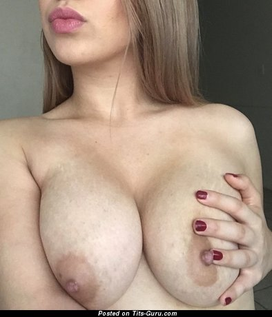 Exquisite Moll with Exquisite Bare Real Average Jugs (on Public Selfie Hd 18+ Photo)