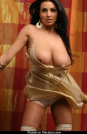 Image. Ewa Sonnet - naked brunette with natural boobies picture