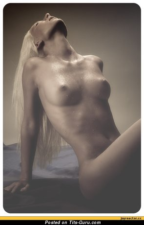 Image. Naked amazing girl with medium natural breast pic