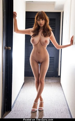Shion Utsunomiya - naked asian with medium natural tittys image