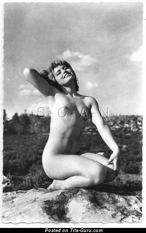 Pleasing Undressed Lassie (Vintage Hd Xxx Photo)