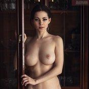 Wonderful Babe with Wonderful Bare Real Medium Boobie & Puffy Nipples (18+ Photoshoot)