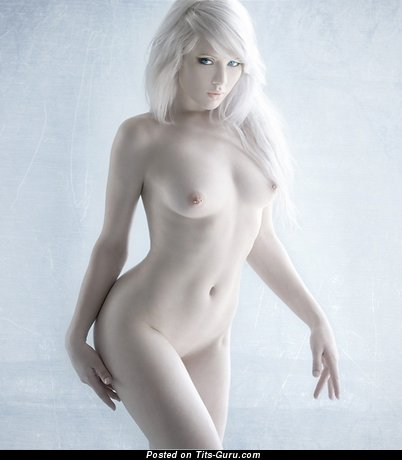 Image. Nude blonde with medium natural tots picture