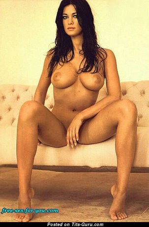 Image. Manuela Arcuri - naked awesome lady with big natural tits image