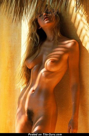 Naked awesome woman photo