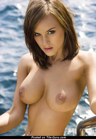 Rosie Jones - Sexy English, British Lassie with Sexy Open Natural Dd Size Balloons, Piercing & Tattoo (Hd 18+ Image)