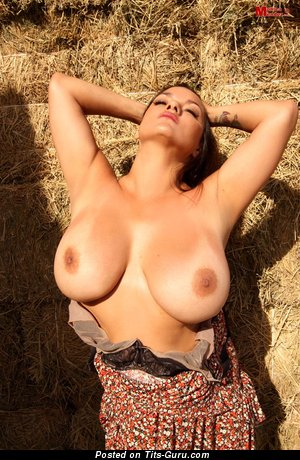Image. Monicamendez - naked hot lady with huge natural tits photo
