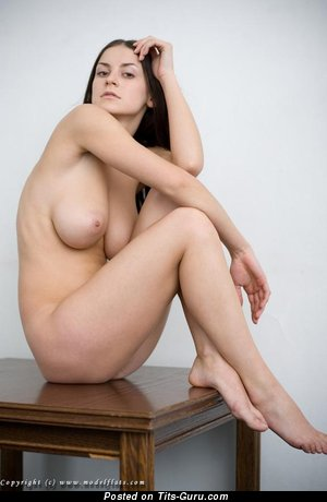 Image. Modelflats Girl - naked nice woman with medium natural boobs image
