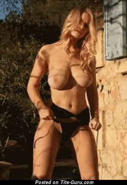 Image. Amazing lady with big natural tittys gif