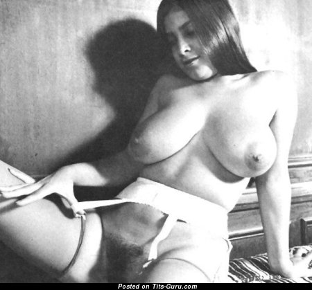 Magnificent Female with Magnificent Exposed Real Boobie (Vintage Xxx Pix)