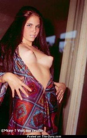 Изображение. Фотография сексуальной голой девушки