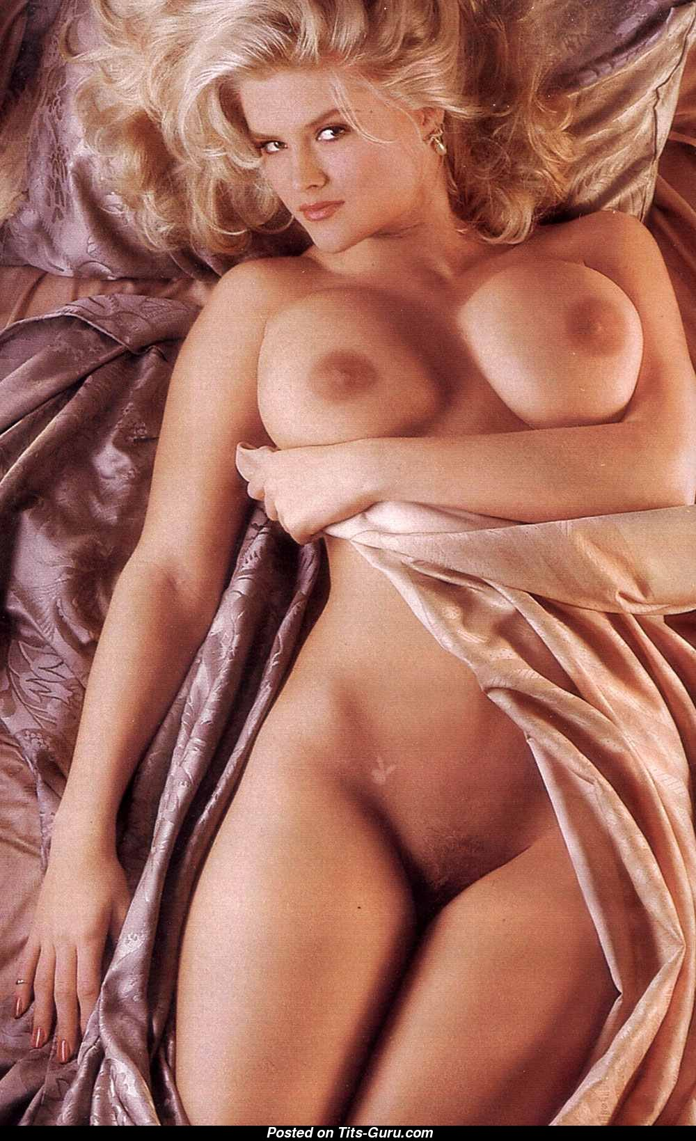 Anna Nicole Smith - Playboy Blonde Actress  Babe With -4185