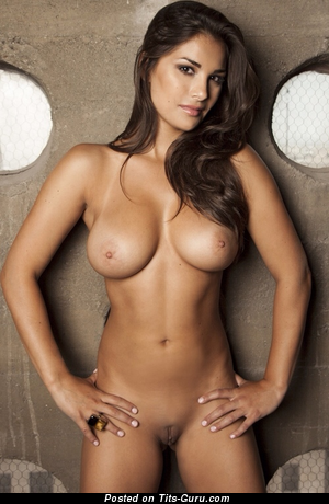 Splendid Babe with Splendid Nude Real Med Jugs (Xxx Picture)