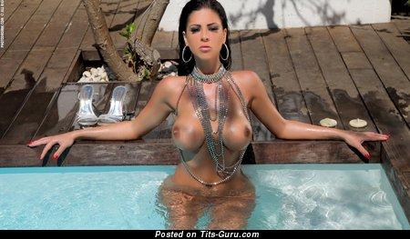 Image. Elle Mai - naked brunette with big boob photo