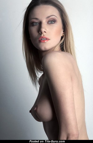 Grand Babe with Grand Defenseless Natural Tight Titties (Xxx Picture)