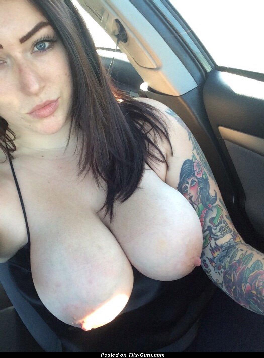Big natural tits selfie