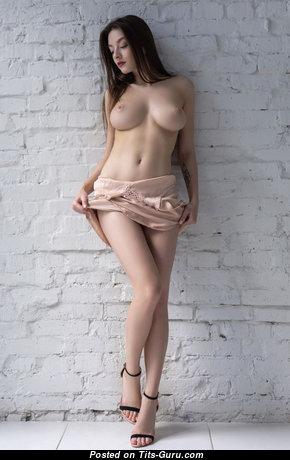 Splendid Blonde & Brunette Babe with Splendid Exposed Real Medium Boobs & Huge Nipples (Hd Xxx Foto)
