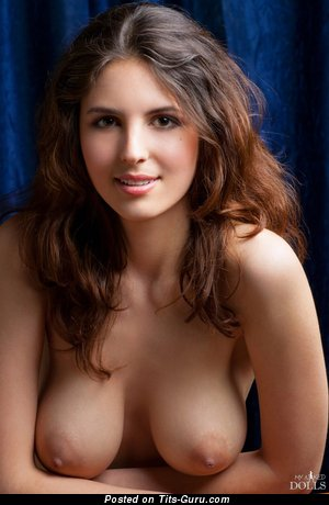 Image. Naked wonderful girl with big natural tittes picture