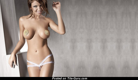 Good-Looking Red Hair with Good-Looking Open Full Titties (Hd Sexual Image)