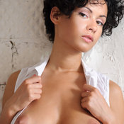 Pammie Lee - wonderful female with big natural breast picture