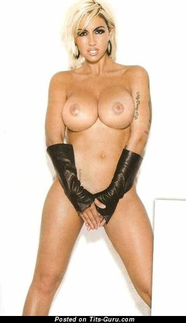 Image. Jodie Marsh - naked blonde with big fake tittys photo