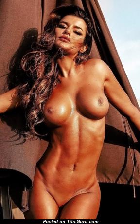 Bianca Richards - Pretty Topless Gal with Pretty Bald Fake Knockers (18+ Foto)