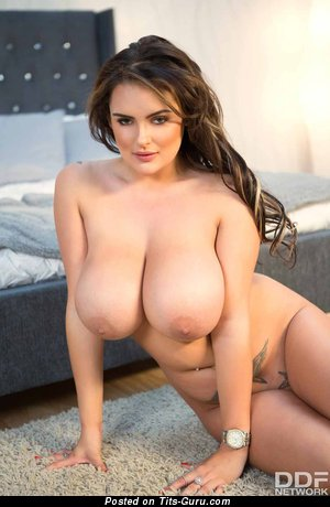 Katie Thornton - sexy naked blonde with big boobs image