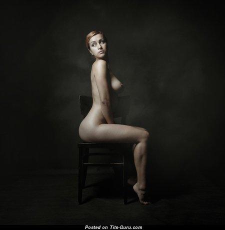 Image. Nude beautiful lady image