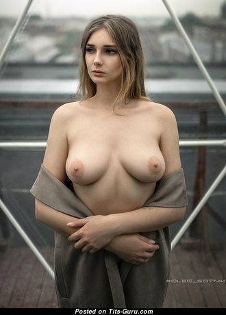 Pretty Naked Babe with Erect Nipples (Hd Sex Wallpaper)