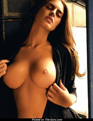 Silvina Luna - nude beautiful girl with big tits picture