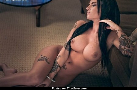 Christy Mack - naked beautiful lady with big boobs image
