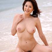 Yuma Asami - asian with big natural tittys picture
