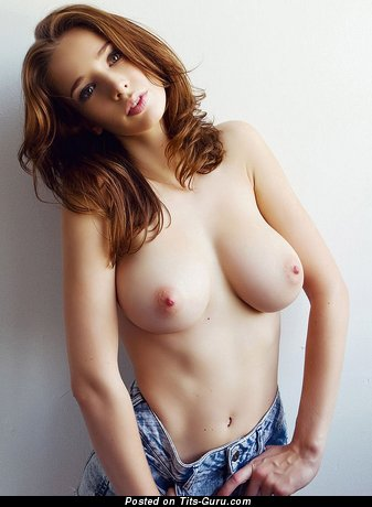 Sexy naked beautiful female with medium natural boobies picture