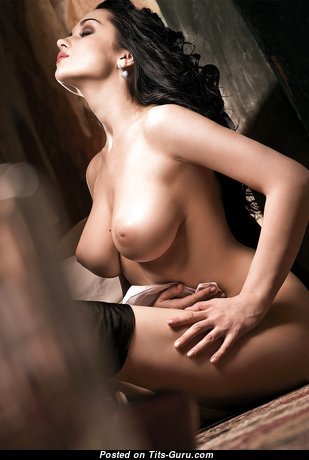 Fascinating Babe with Fascinating Bare Natural Medium Sized Knockers (Hd Xxx Photo)